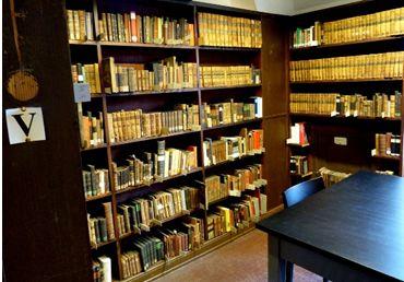 Blick auf den Bestand der französischen Literatur